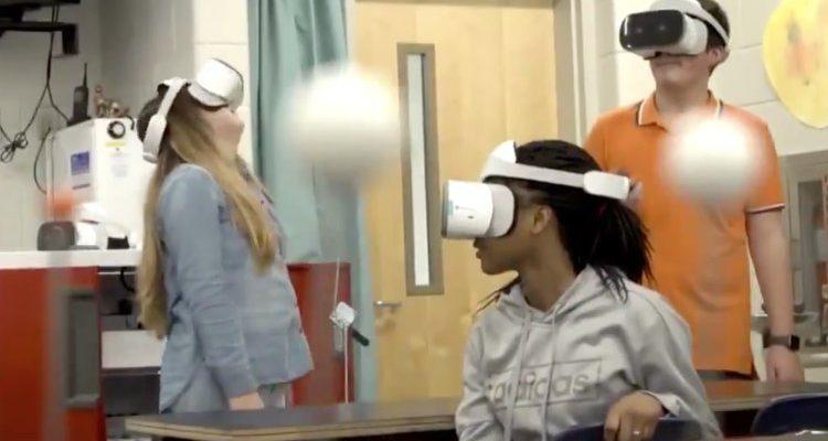 Lenovo VR Classroom 2, un casco de realidad virtual para el mundo de la educación
