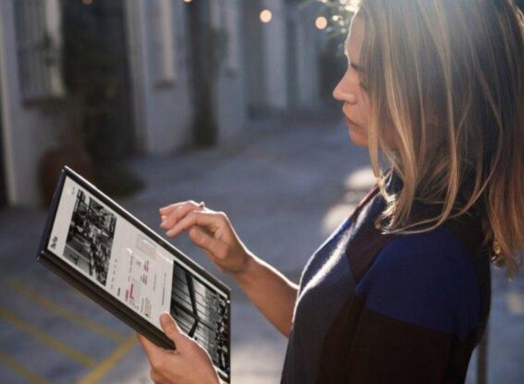 Lenovo comienza la firma de acuerdos con operadoras para dotar de conectividad al Yoga 5G