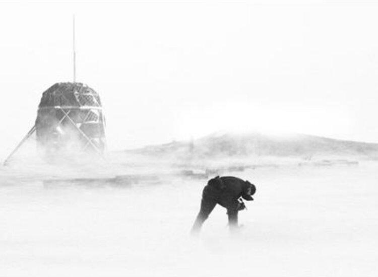 Lenovo facilitará a dos arquitectos espaciales la prueba de un refugio lunar en Groenlandia