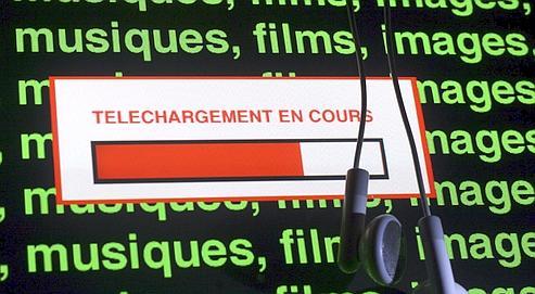 Francia amenaza a 100.000 internautas con avisos antipiratería