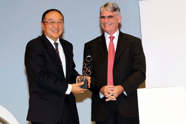 Liu Chuanzhi, de Lenovo, gana el premio al Mejor Emprendedor del año