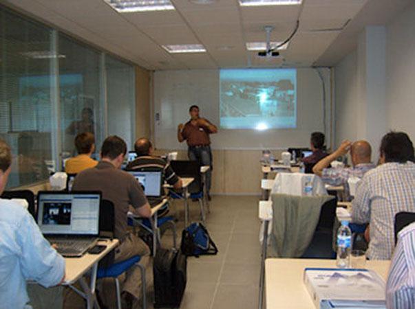 Mobotix incrementa su oferta formativa en Madrid para 2011