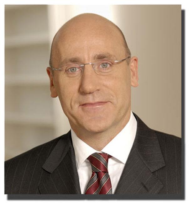 Confirmado: Meyer es sustituido por Thomas Seifert, nuevo CEO de AMD