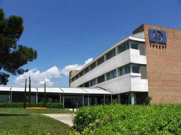 Los trabajadores de HP en Sant Cugat amenazan con la huelga