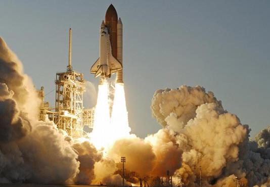 La última misión del Atlantis pone fin al programa shuttle de NASA