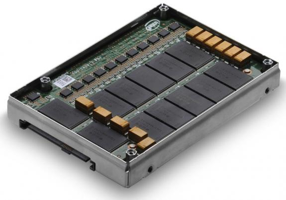 Hitachi Ultrastar SSD400M, SSD SAS corporativa