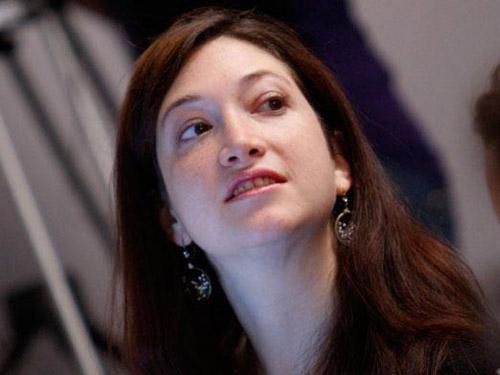 Randi Zuckerberg cree que el fin del anonimato on-line frenaría el acoso en la web