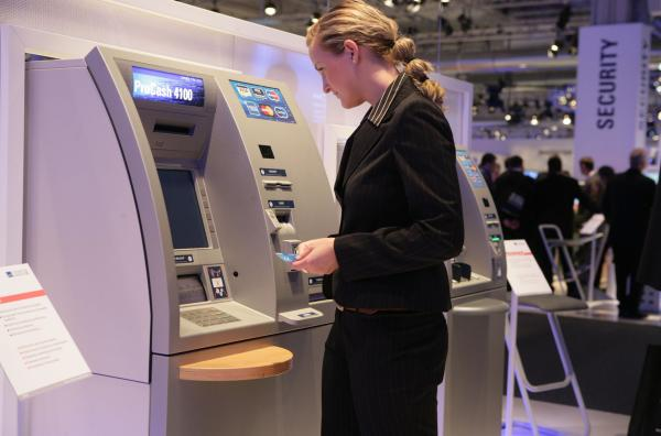 El calor, nuevo método para robar el 'pin' de los cajeros automáticos