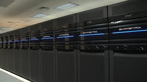 EMC amplía las capacidades de sus sistemas Symmetrix VMAX