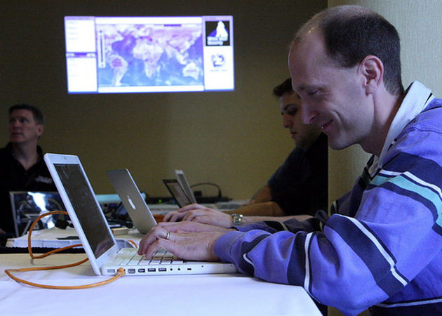 Apple expulsa a Charlie Miller como desarrollador de iOS por demostrar vulnerabilidades
