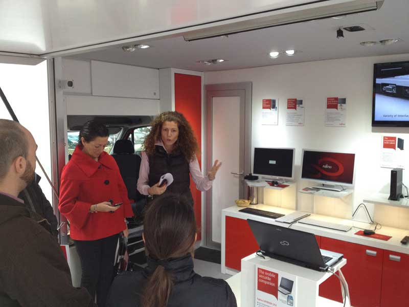 "Laboratorio móvil europeo ""Innovation on the Road"" de Fujitsu"