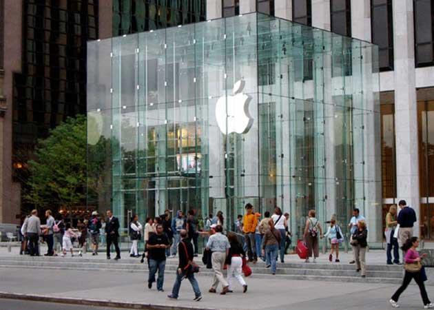 Cada empleado de Apple Store genera 278 dólares por hora
