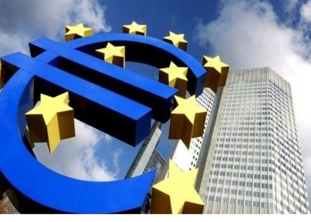 La UE nombra al consejero de Internet europeo, con polémica