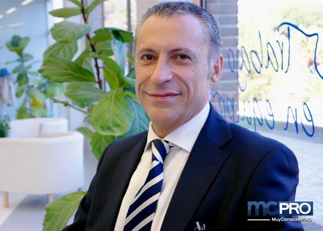 """A. Fernández, de Hitachi: """"El secreto de la gestión eficaz de un dato es que se vaya moviendo"""""""