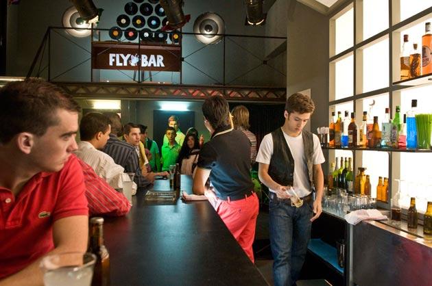 Arsys.es facilita la plataforma tecnológica de FlyBar, el local de 'Cuéntame cómo pasó'