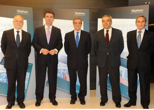 La banda ancha móvil supera a la fija en España