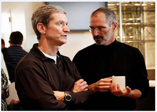 Apple blinda a Tim Cook bonificándolo con 400 millones