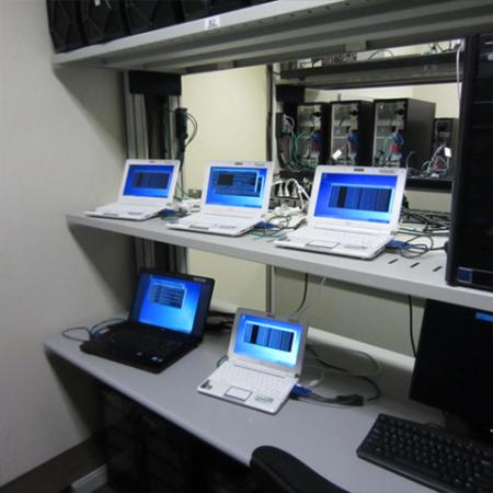 IEPerfomanceLab 5 450x450 Recorremos el impresionante IE Performance Lab de Microsoft
