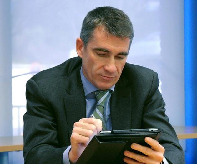 """J. Aragonés, de Wolters Kluwer: """"Estamos en un periodo más bien de soluciones híbridas"""""""