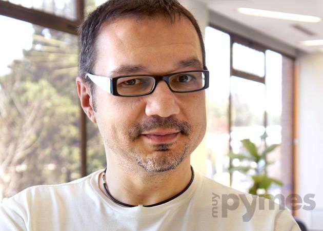 """J. Pascual, de Anfix: """"los empresarios ya están familiarizados en su vida privada con servicios como Facebook, Dropbox o Gmail"""""""