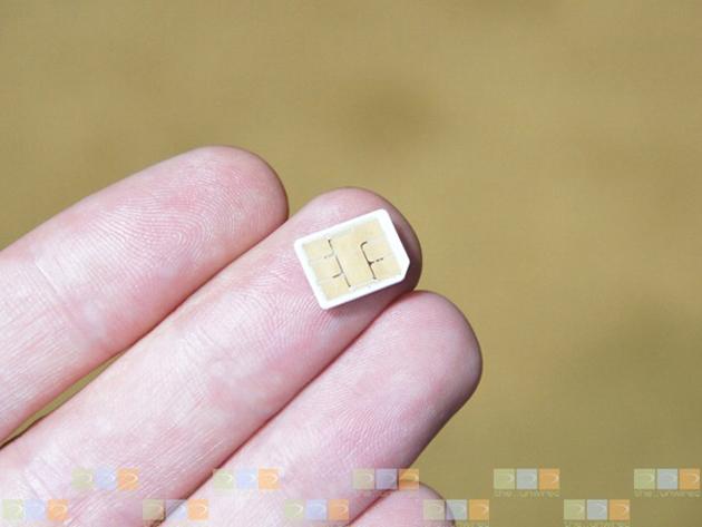 Apple propone un nuevo estándar para la SIM frente a Motorola, Nokia y RIM