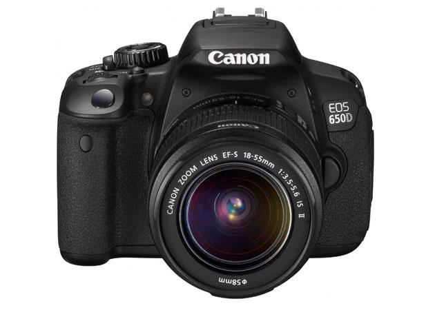 Canon presenta la EOS 650D, primera SLR con pantalla táctil