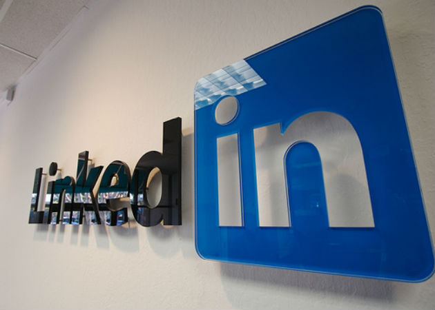 LinkedIn estará integrado en la nueva versión de Office