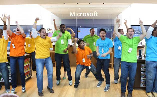 Microsoft entregará a sus 94.000 empleados un tablet, un smartphone y un PC con Windows 8