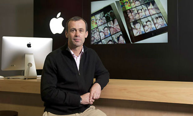 Jos Browett es despedido de apple