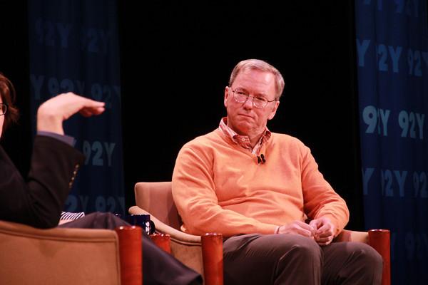 """Eric Schmidt: """"La lucha entre Android y iOS es decisiva para la industria"""""""