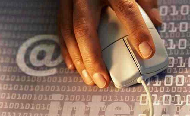 Realizar los trámites de las AA.PP. on-line ahorraría 3.000 millones de euros al año