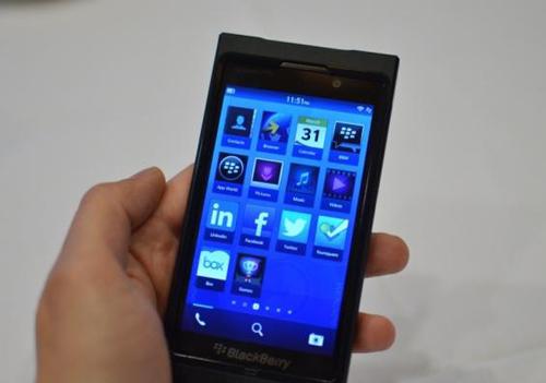 Recompensas económicas, servicios gratuitos y pruebas de hardware para los desarrolladores de BlackBerry 10