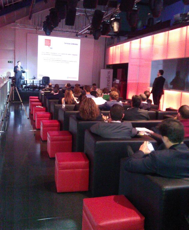 """Unitronics celebra un Summit 2012 """"práctico y escogido"""""""