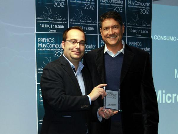 Mejor-Producto-2012-Windows8-Fernando-Calvo-600x450