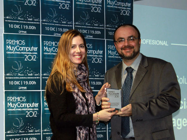 Mejor-solucion-de-negocio-Oracle-Social-Relationship-Management-Suite-Fabian-Gradolph