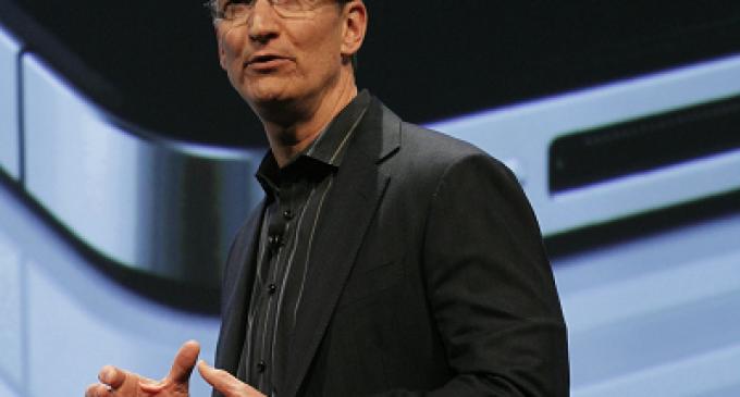 Tim Cook se recortó el sueldo un 99% en 2012