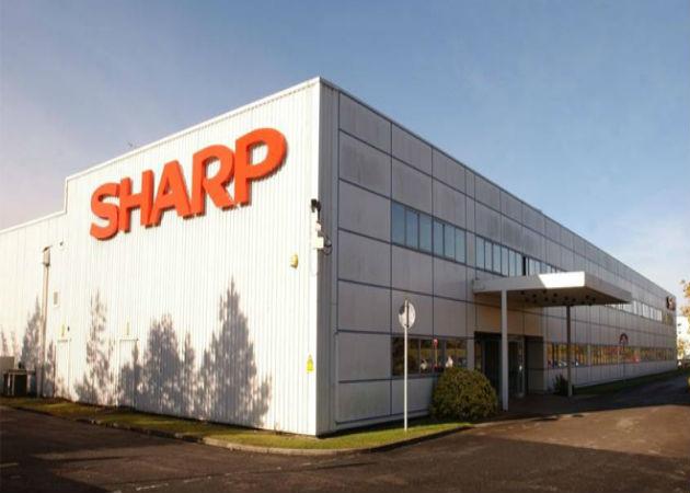 Sharp despide a empleados de su negocio móvil en China
