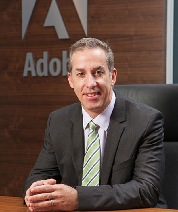 Adobe nombra a Mark Phibbs vicepresidente de Marketing de EMEA