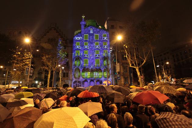 Casa Batlló encandila Barcelona con un mapping de Christie y BAF