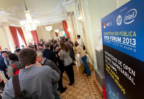 Altos directivos de las AA.PP descubren las ventajas del código abierto empresarial