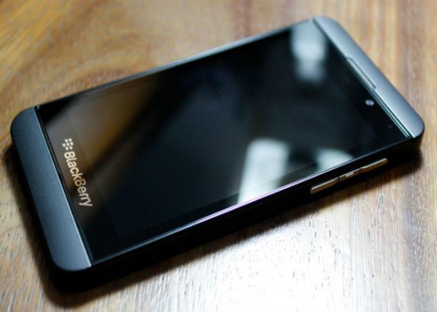 Los Gobiernos de EE.UU. y Reino Unido sustituyen a BlackBerry por Apple