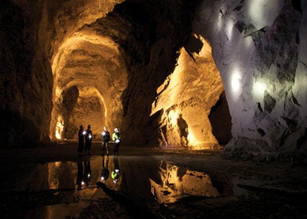 article inset mall cathedrals Facebook alojará sus servidores en una cueva sueca
