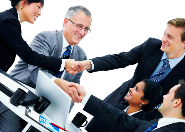 Los empleados que más se relacionan son los más productivos