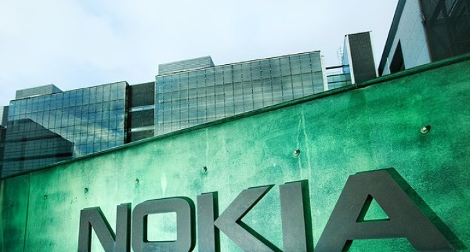 Nokia añade nuevas patentes a su demanda contra HTC