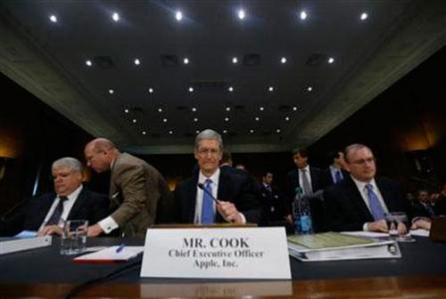 Tim Cook evita comentarios sobre los impuestos que paga Apple