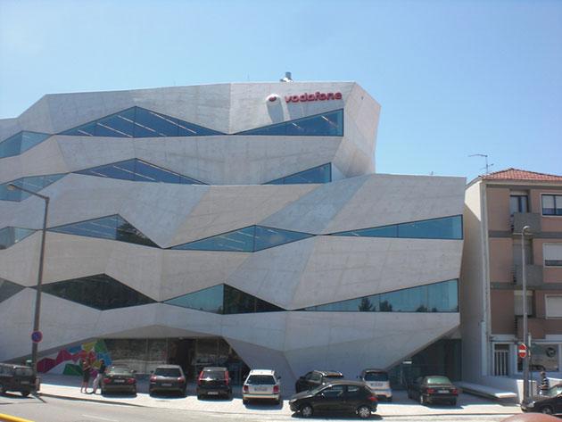 España e Italia hacen tambalear los beneficios globales de Vodafone