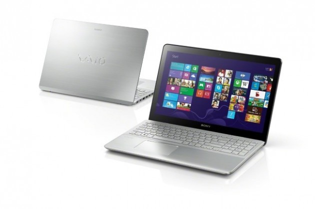 VAIO_Fit_15_touch_front-and-back_startscreen (Custom)
