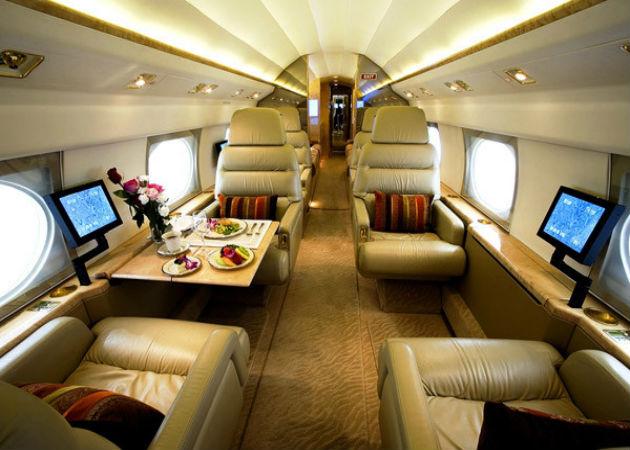 Aviones privados, pisos de lujo… los altos ejecutivos TIC no prescinden de nada