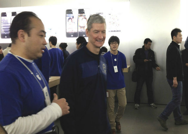 Tim Cook habría viajado a China para reunirse con representantes de China Mobile