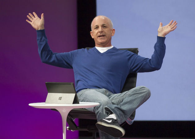 Microsoft pagará al ex jefe de Windows las 418.361 acciones que le pertenecen